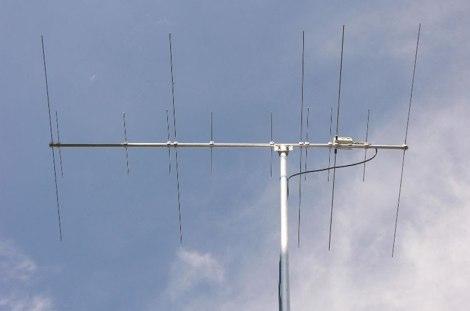 13 elements VHF UHF Yagi