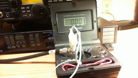 Check coaxial cable with a multimeter