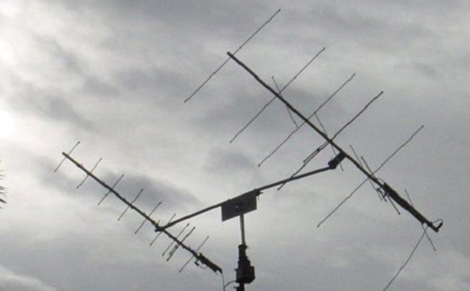 144 MHz Crossed Yagi Antenna