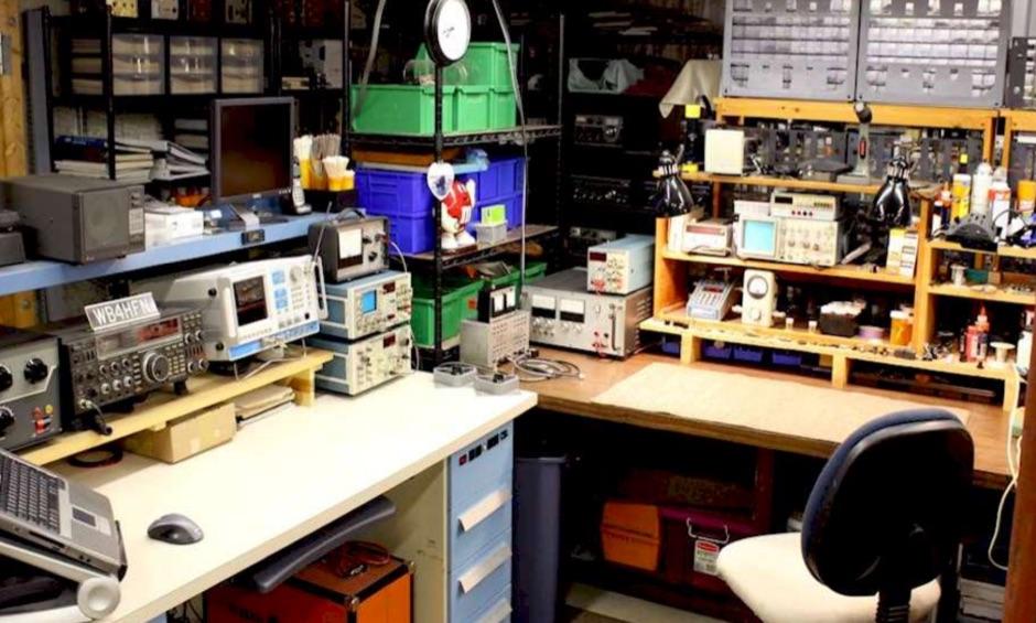 Drake Radio Repairing Service - WB4HFN