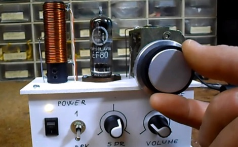 DXZone SDR Receiver using a Tube