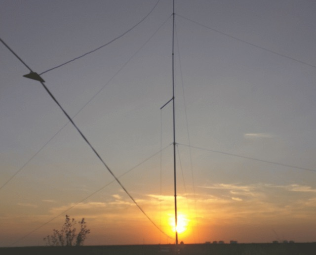 DXZone Modified harpin antenna for 40m
