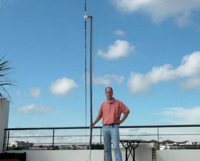 DXZone 20 meter short loaded vertical antennas