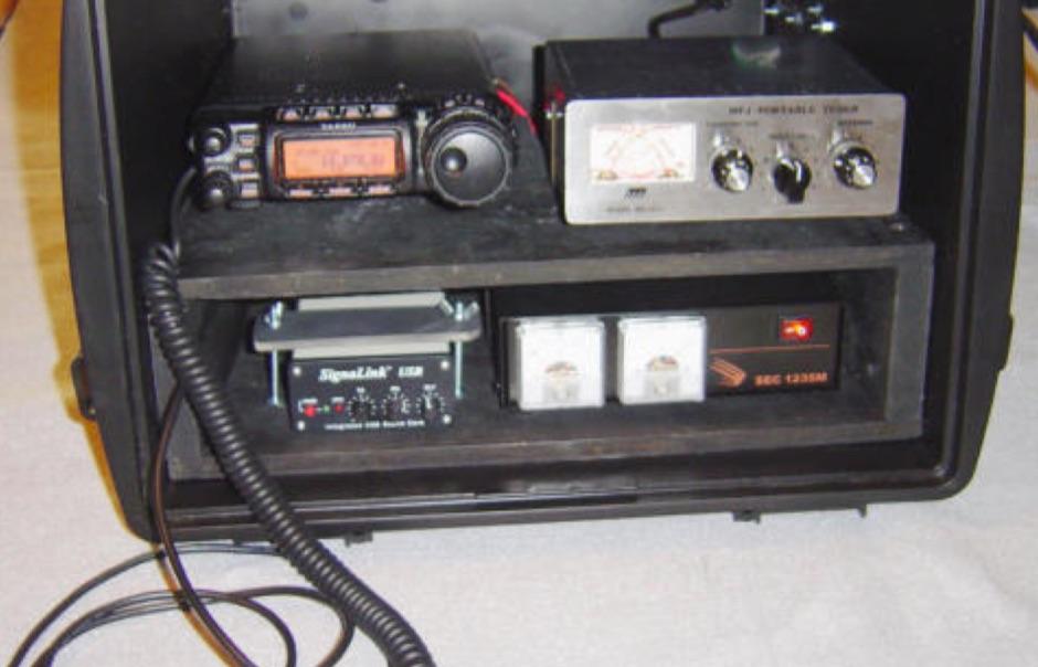 how to build a ham radio go box